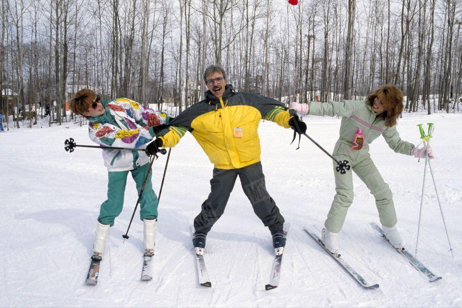 « À quarante minutes de Montréal, Marcel Béliveau skie avec Sylvie, sa compagne, et Julie, sa fille de 18 ans. » - Paris Match n°2129, 15 mars 1990