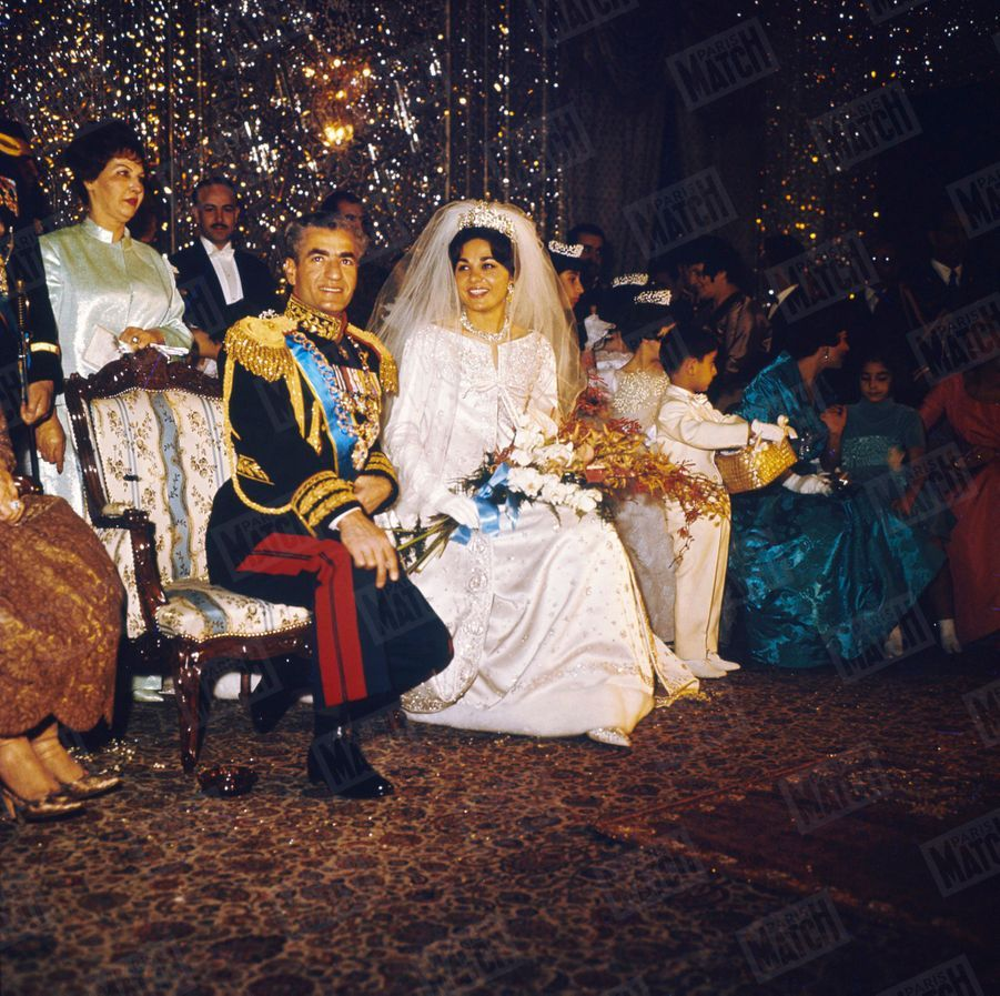 Le mariage du Shah d'Iran avec Farah Diba, le 21 décembre 1959 àTéhéran.