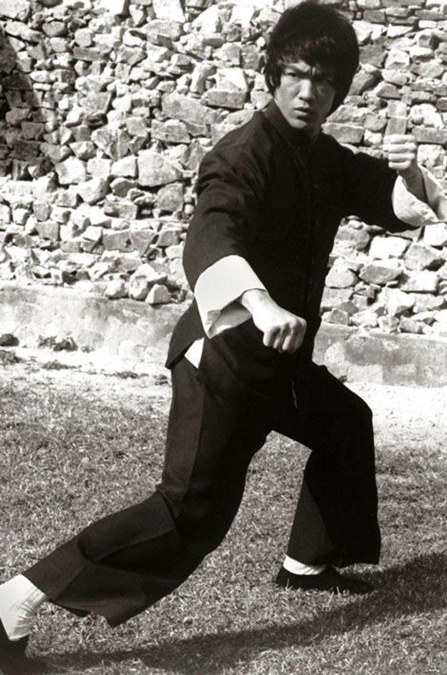 10- Bruce Lee 9 millions de dollars