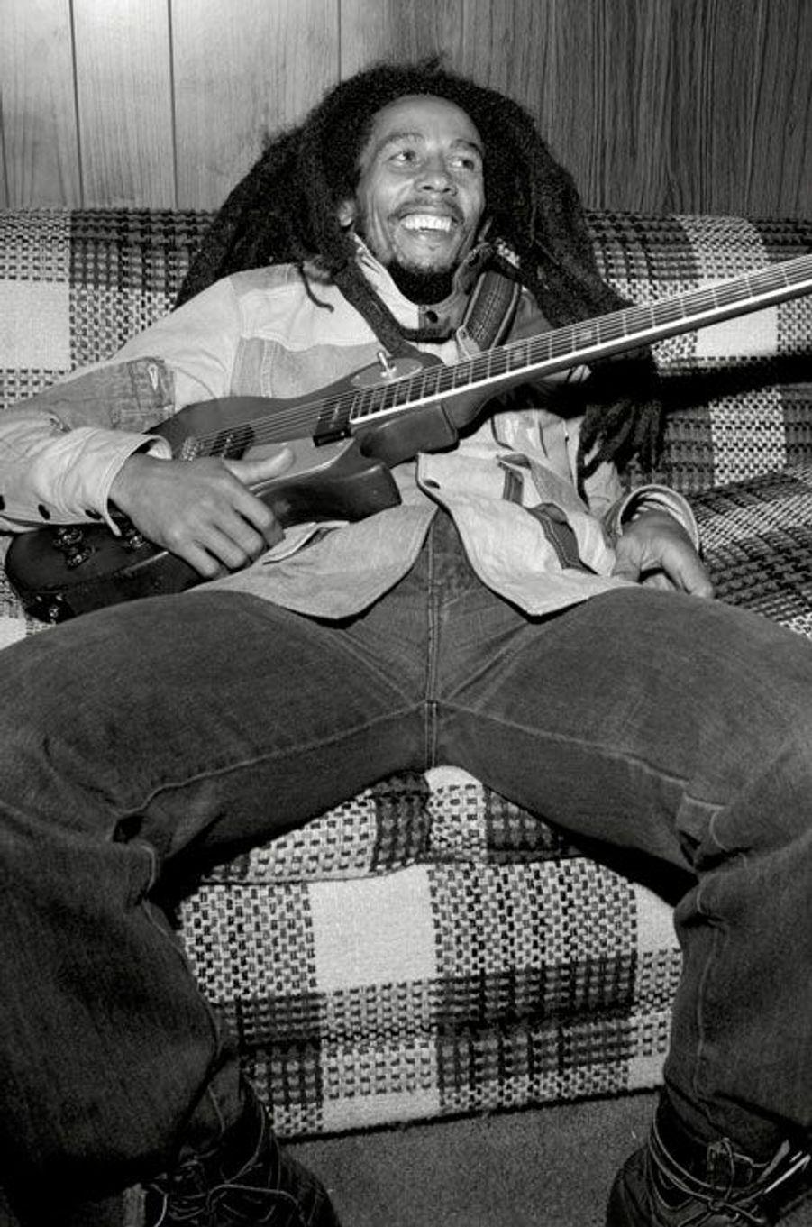 5- Bob Marley 20 millions de dollars