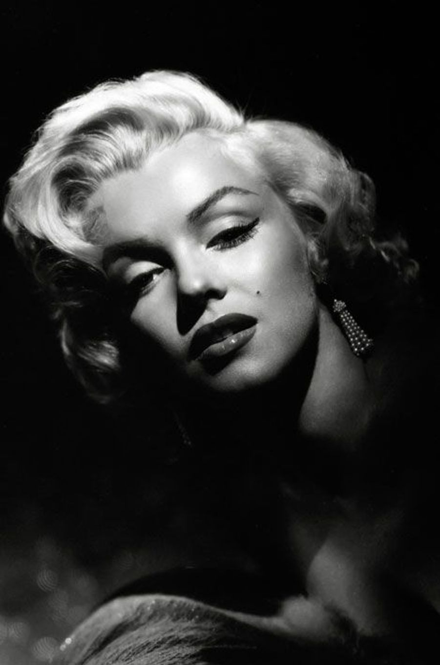 6- Marilyn Monroe 17 millions de dollars