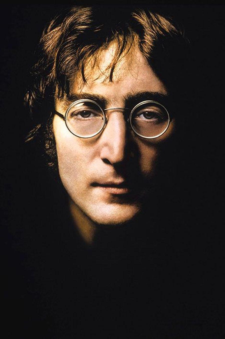 7- John Lennon 12 millions de dollars