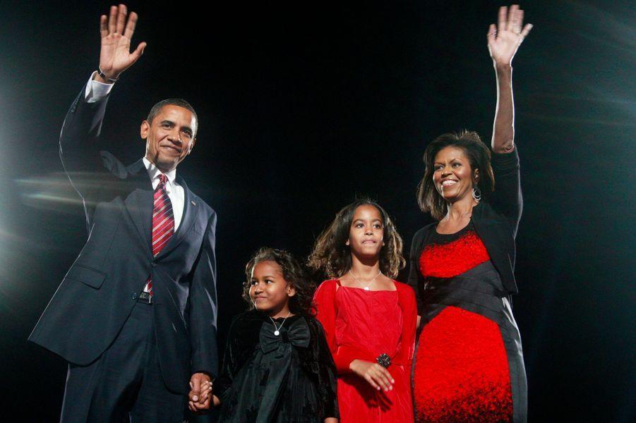 5 novembre 2008 : élection à la présidence. Les Obama sont acclamés à Chicago