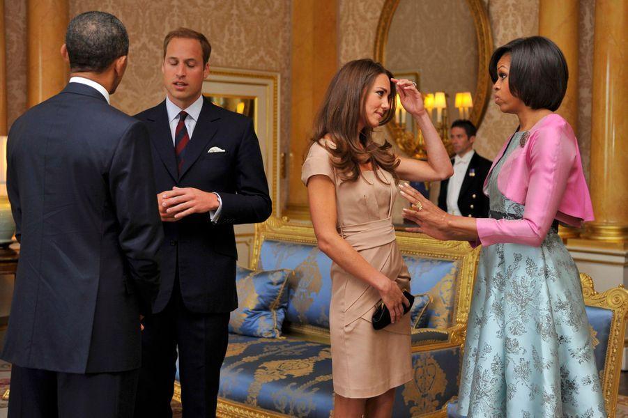 … puis avec le prince William et Kate, tous juste mariés