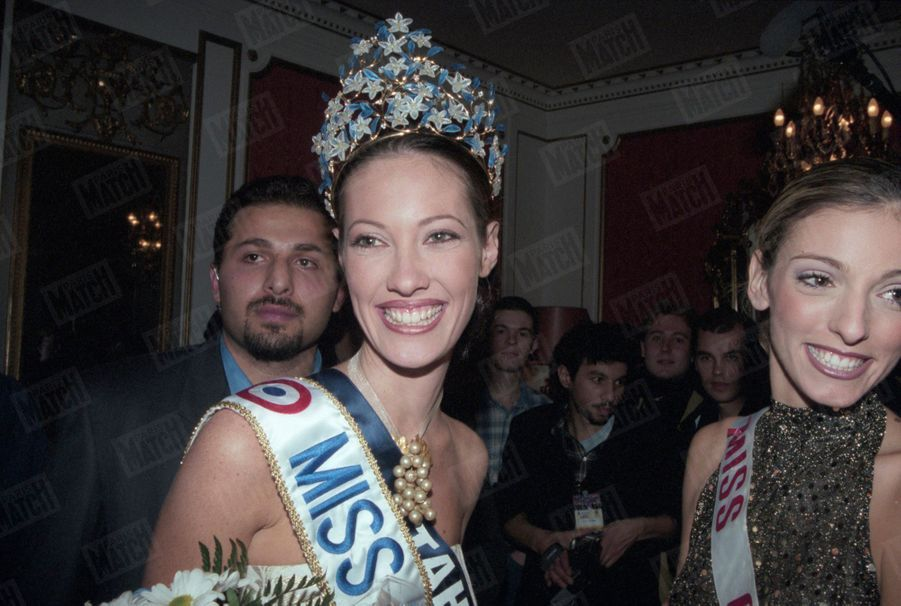 Mareva Galanter, Miss France 1999, pose pour Paris Match le 13 décembre 1998.