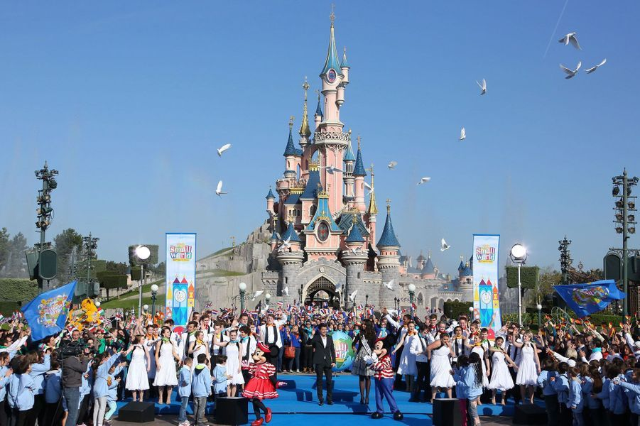 Miss France, jolie poupée à Disney