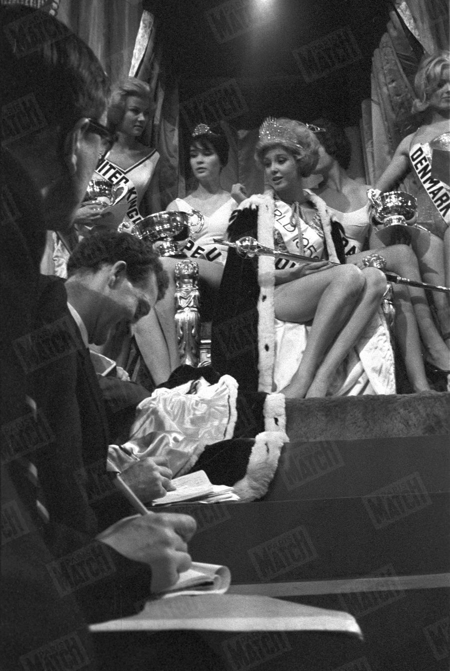 Corine Rottschäfer, Miss Hollande, élue Miss Monde 1959