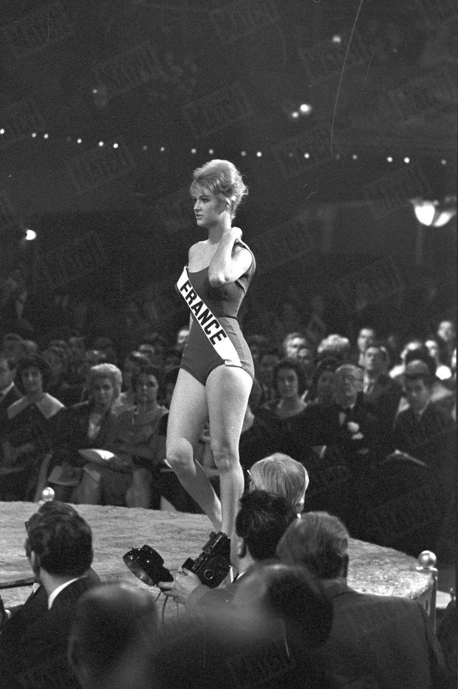 Marie-Hélène Trové, Miss France