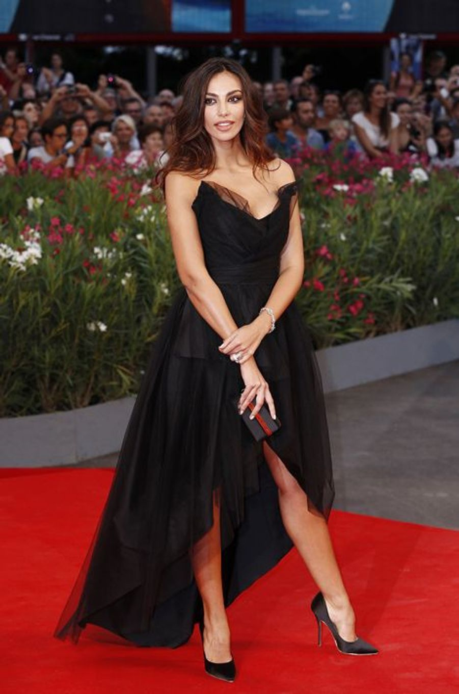 Madalina Ghenea sur le tapis rouge de «Hungry Hearts»