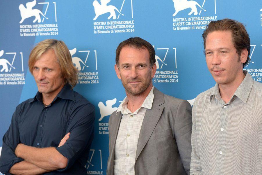 Viggo Mortensen, David Oelhoffen et Reda Kateb pour le photocall de «Loin des hommes»