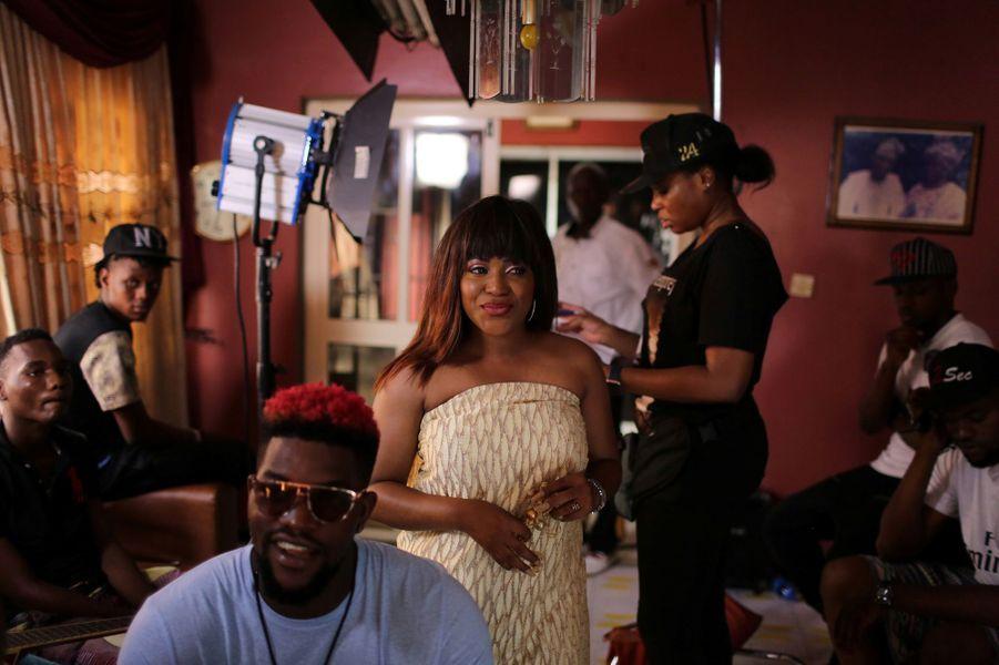 """Tournage du clip de la chanson """"Hello Baale"""" de Sound Sultan à Lagos"""