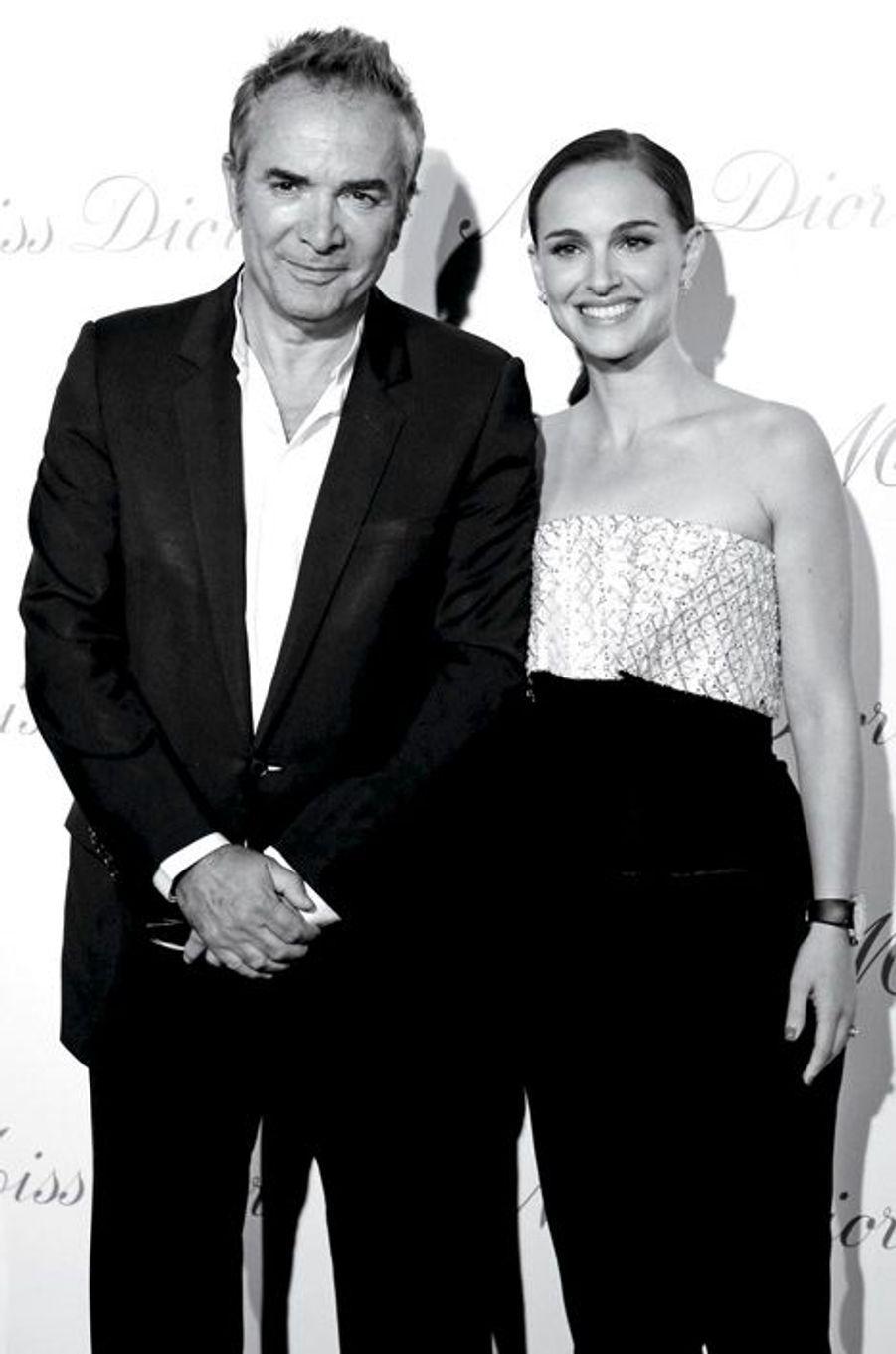 Natalie Portman et Claude Martinez, président de Parfums Christian Dior