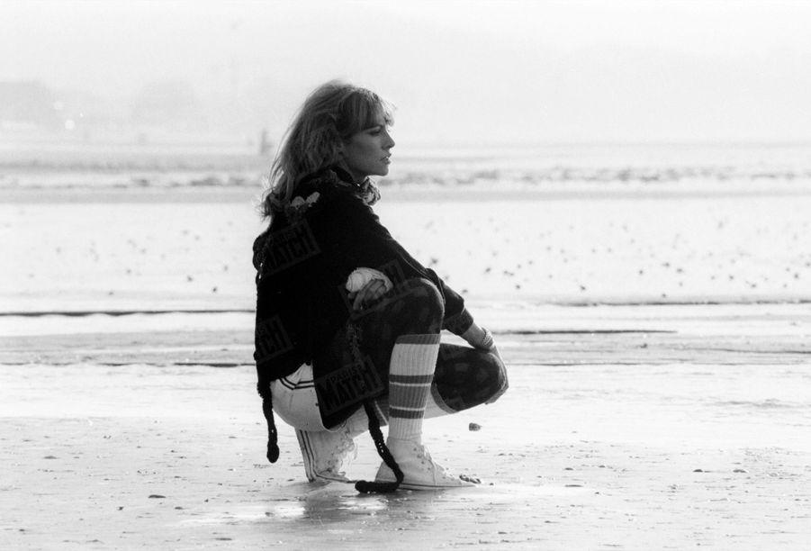 Nathalie Delon pour Paris Match, octobre 1977.