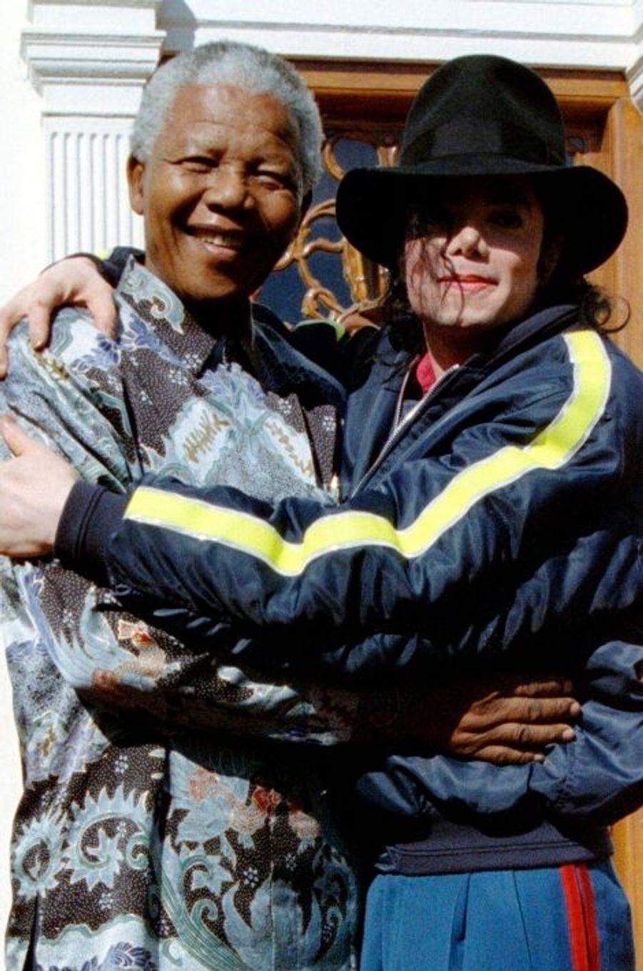 Avec Michael Jackson, en juillet 1996