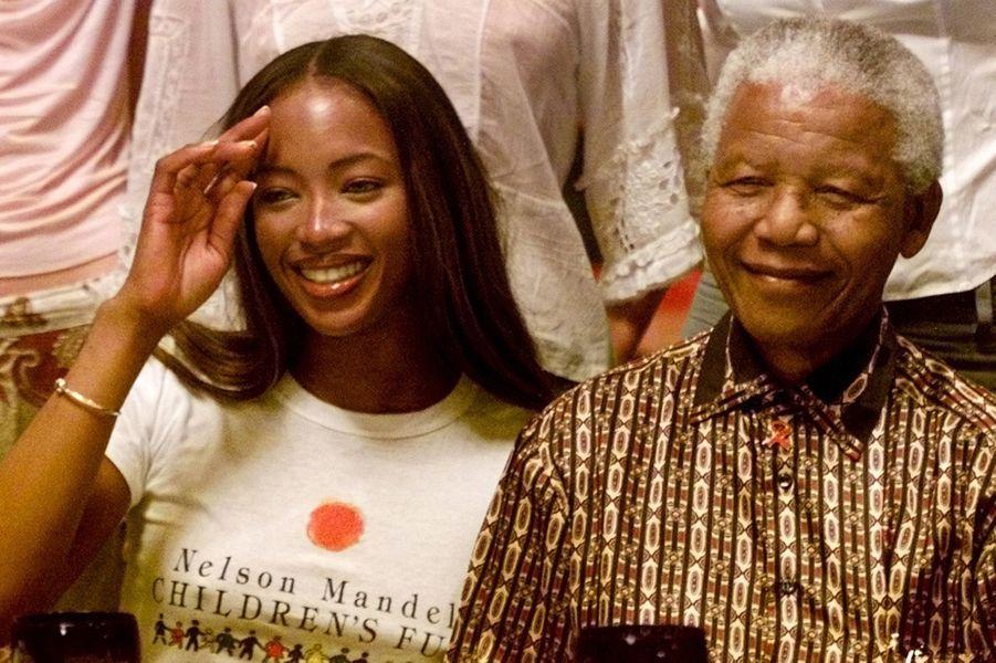 Avec Naomi Campbell, en juin 2001