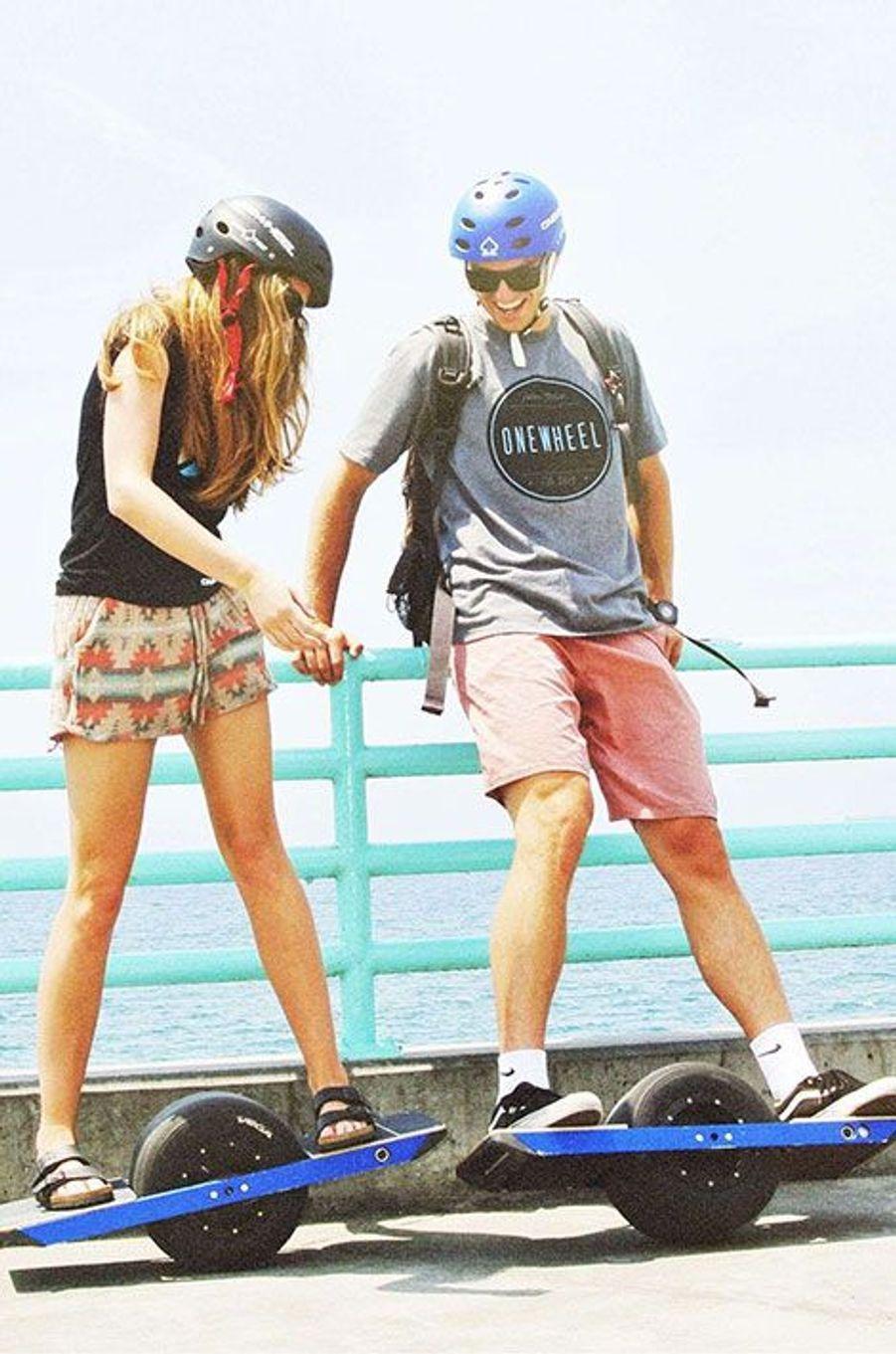 L'Onewheel révolutionne le skateboard