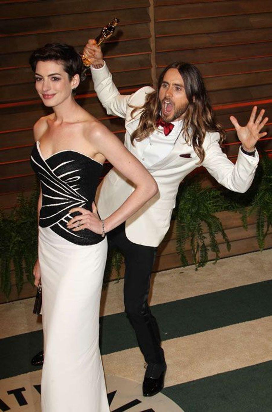 Anne Hathaway et Jared Leto
