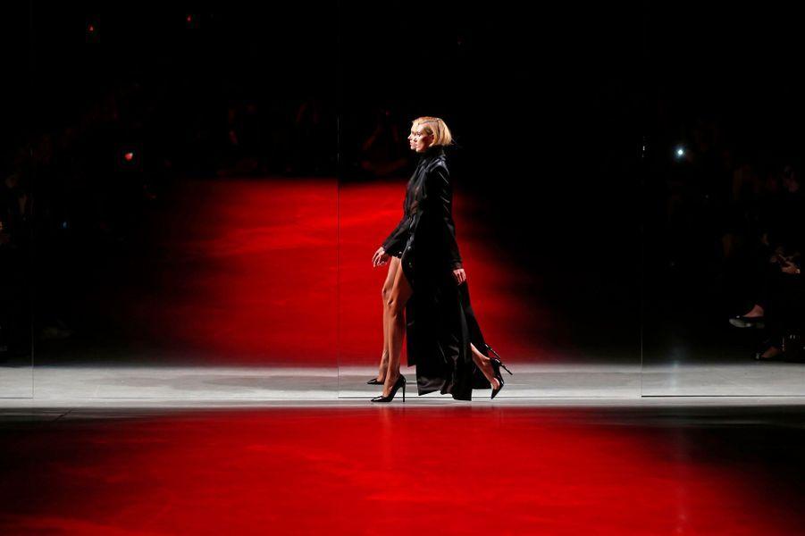 La semaine de la mode reprend ses quartiers à Paris pour la présentation des collections Prêt-à-Porter Automne-Hiver 2014-2015. Pour le premier jour, zoom sur les créateurs Anthony Vaccarello et Simon Porte Jacquemus.