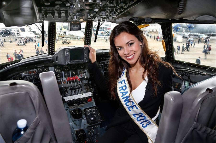 Miss France dans le cockpit de «Constellation».
