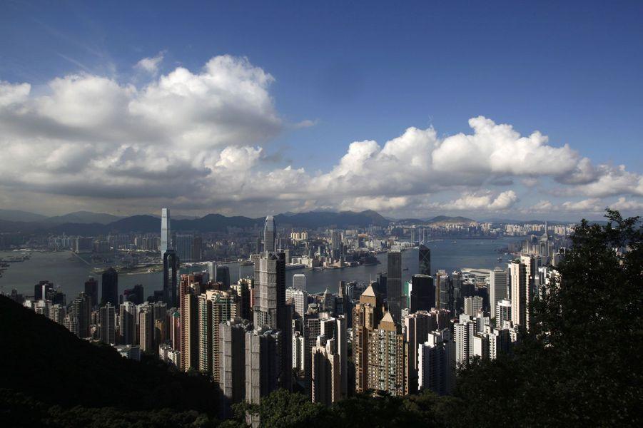 6- Hong Kong