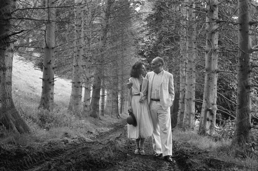 Michel Piccoli épouse Ludivine Clerc à la mairie de Saint-Philbert, dans l'Eure, le 8 juillet 1978.