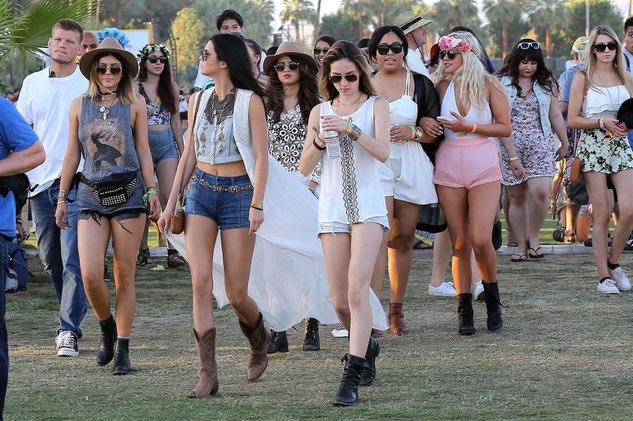 Kylie et Kendall Jenner, Selena Gomez