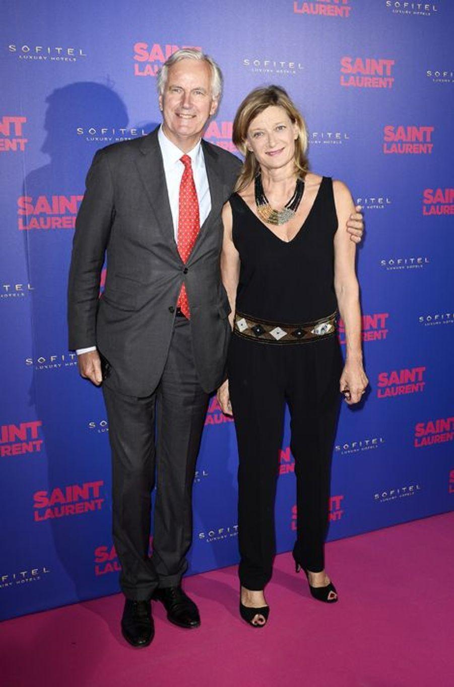 """Michel Barnier et son épouse Isabelle à la première de """"Saint Laurent"""" à Paris"""