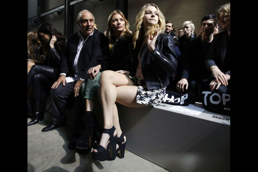 Philip Green, Kate Moss et sa soeur Lottie au show Topshop