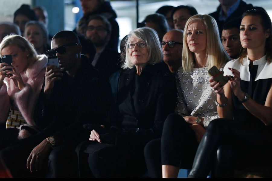 Tinie Tempah, Vanessa Redgrave et Joely Richardson au défilé Roksandra Ilincic