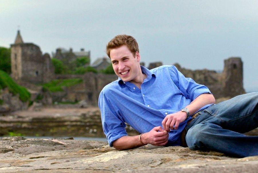 Le prince William lors de ses études à l'université de St Andrews, en Ecosse, en mai 2003.