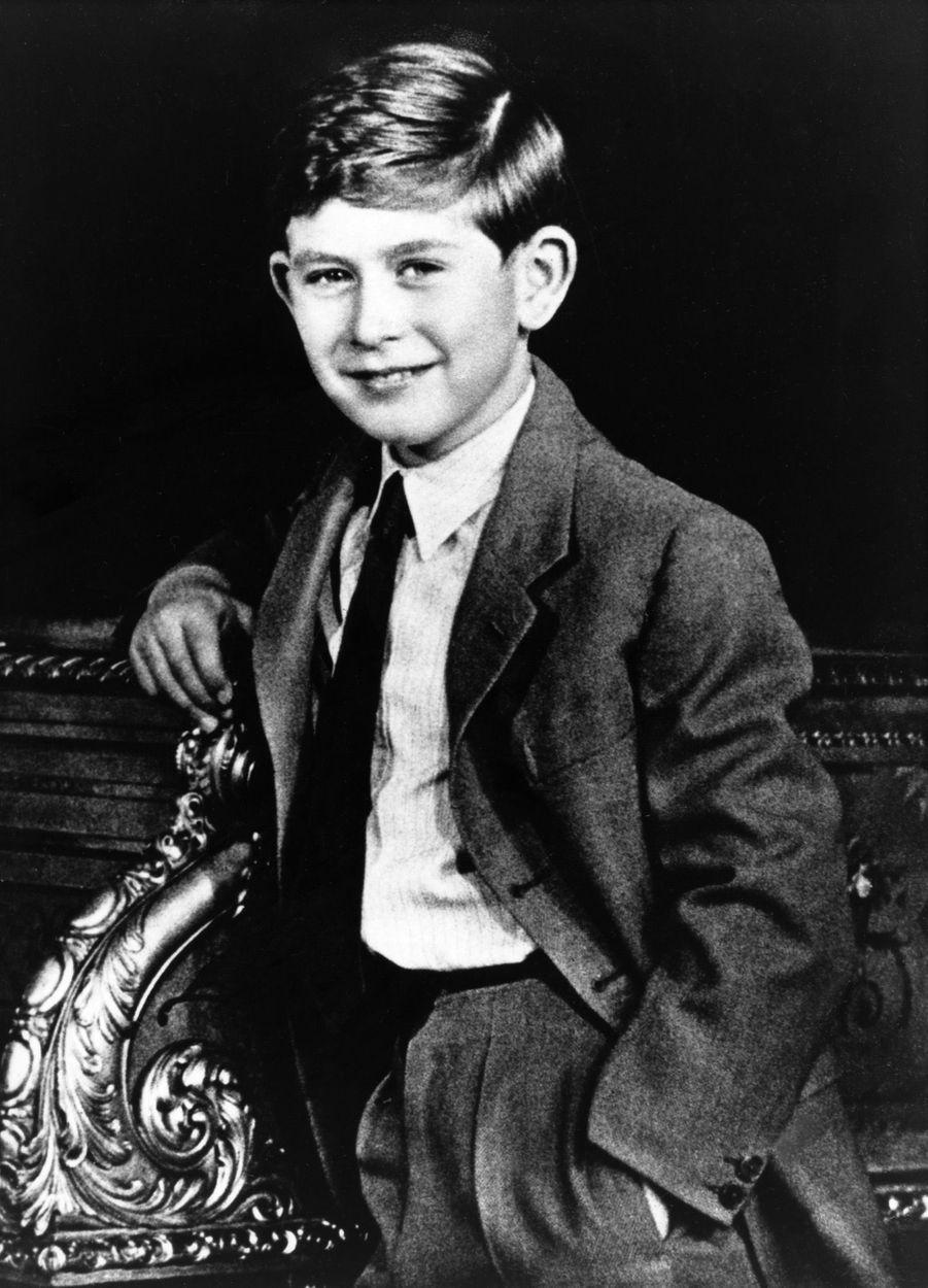 Le prince Charles photographiépar Antony Armstrong Jonesen 1957.