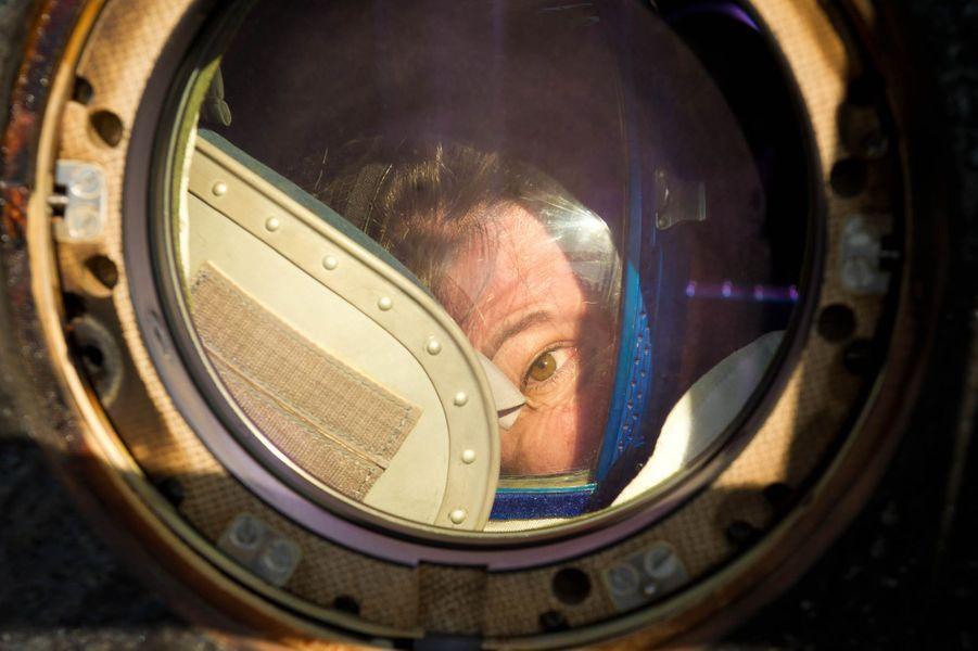 L'ingénieure Cady Coleman à bord de l'Expédition 27