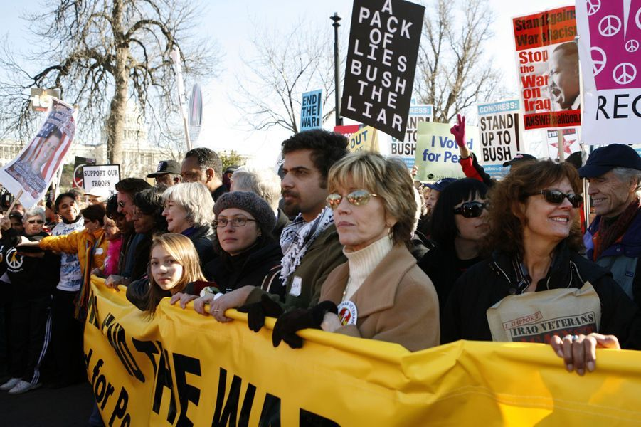 Jane Fonda et Susan Sarandon manifestent à Washington contre la guerre en Irak, le 27 janvier 2007
