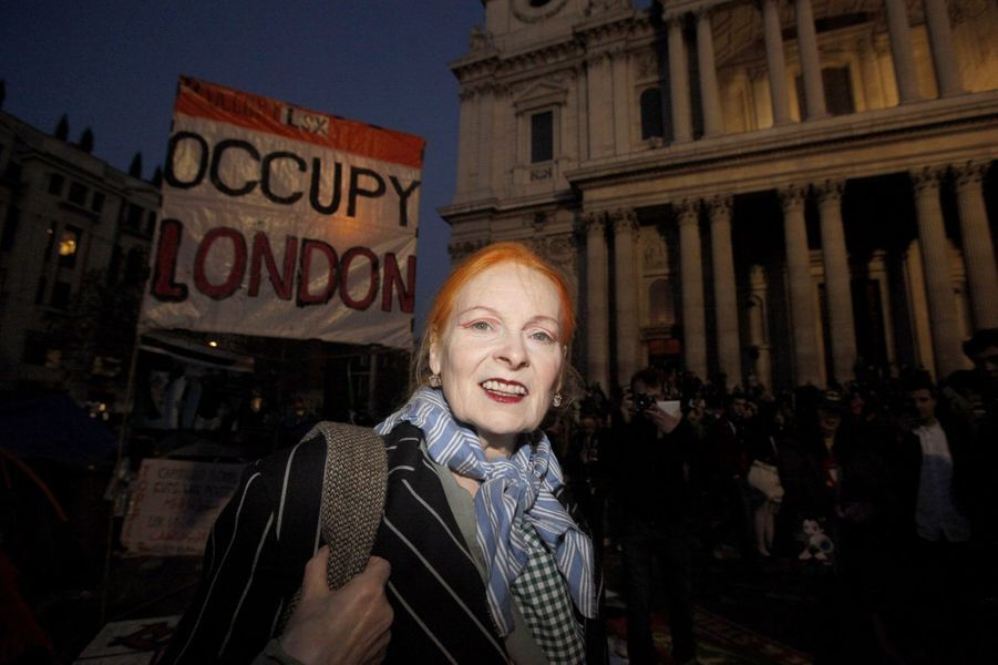 Vivienne Westwood avec les protestataires d'Occupy London, le 19 novembre 2011