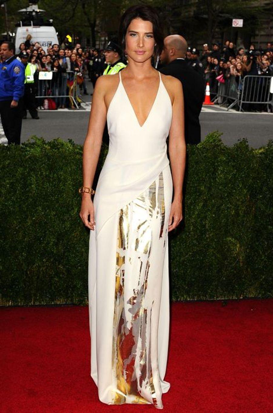 Cobie Smulders (en Reed Krakoff)