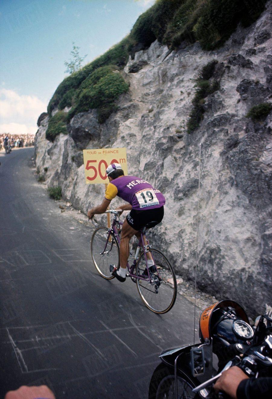 Raymond Poulidor dans le Puy de Dôme, Tour de France 1964.