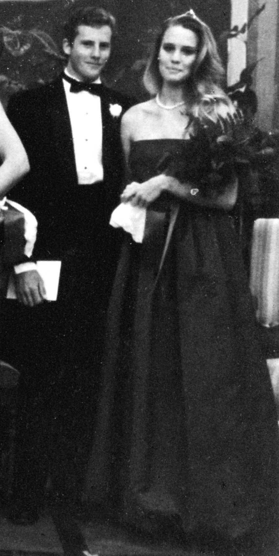 Sur la photo précédente, Paul Newman en 1943.