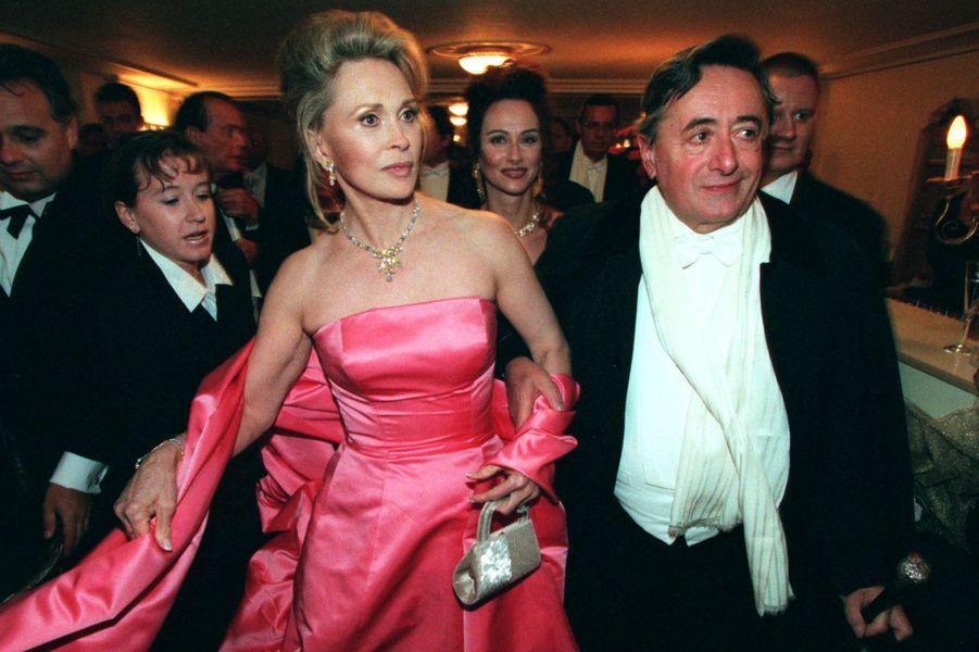 Faye Dunaway et Richard Lugner, en février 1999