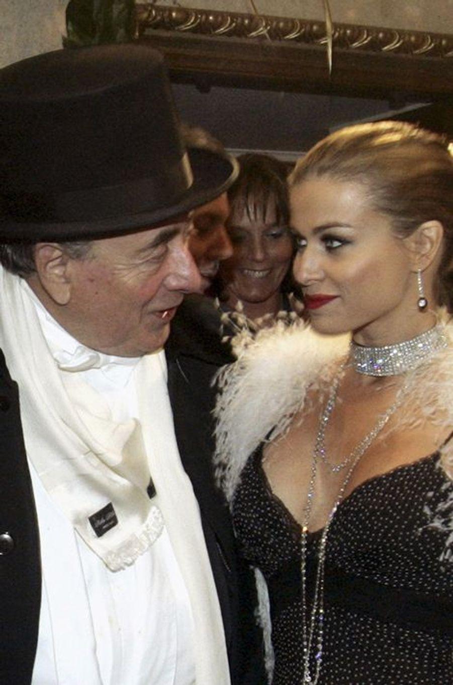 Richard Lugner et Carmen Electra, en février 2006