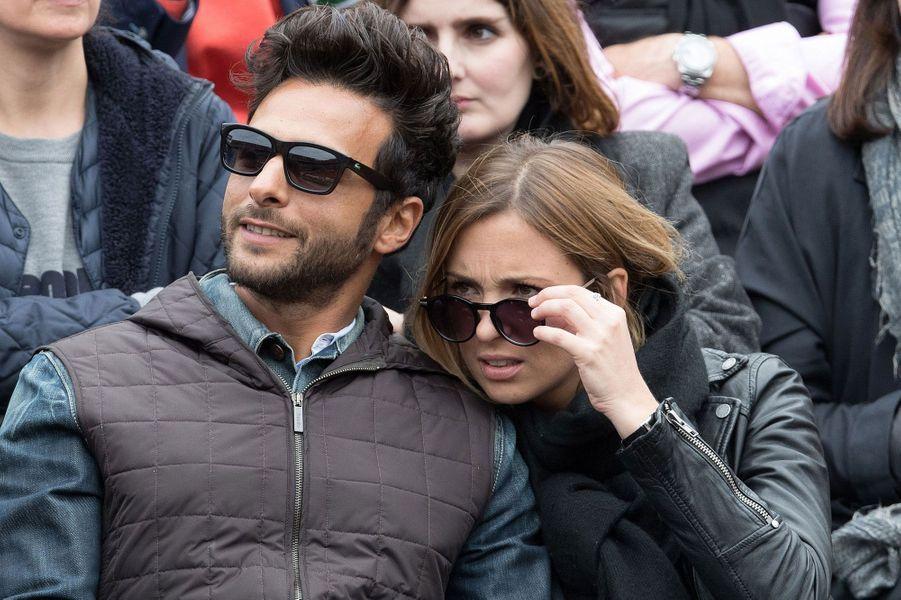Maxime Nucci (Yodelice) et Isabelle Ithurburu à Roland-Garros