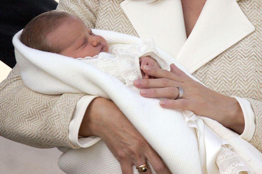 Sortie de la maternité, le 7 novembre 2005