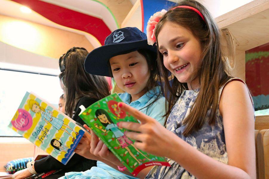 """""""Russ the bus"""", le bus scolaire qui donne envie de lire"""