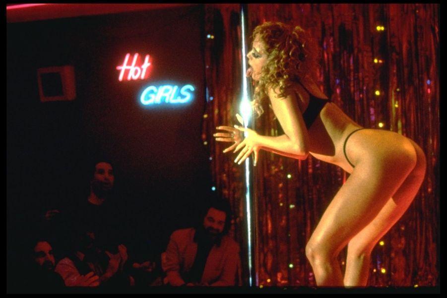 «Showgirls» de Paul Verhoeven, avec Elizabeth Berkley (1995).
