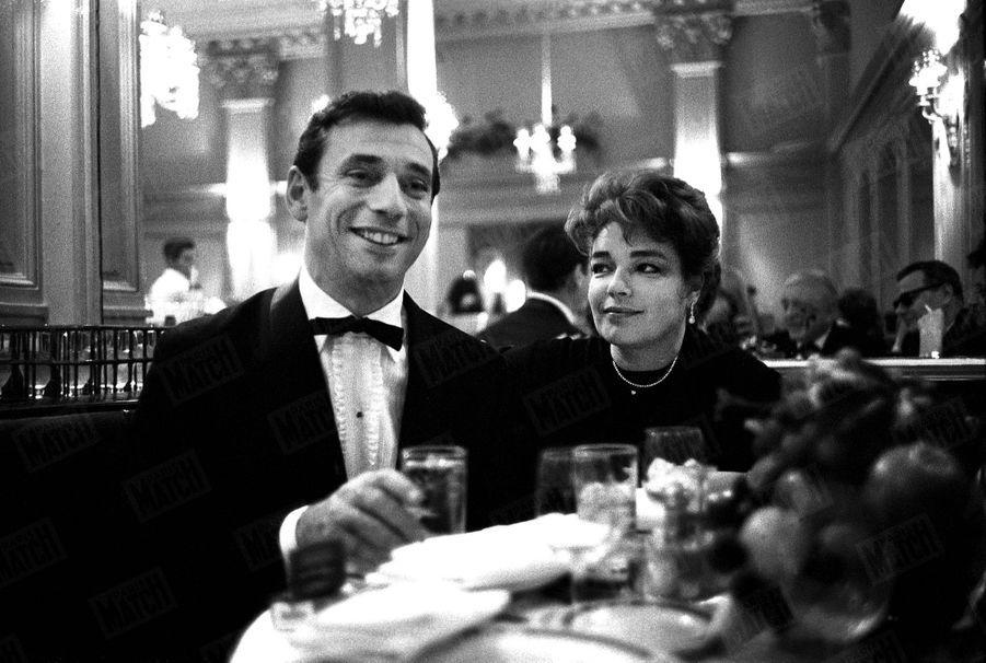 Simone Signoret et Yves Montand, à New York en octobre 1961.