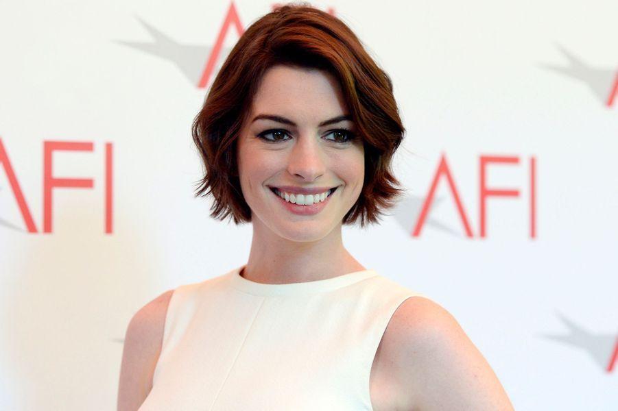 Anne Hathaway à Beverly Hills, Californie, le 9 janvier 2015.