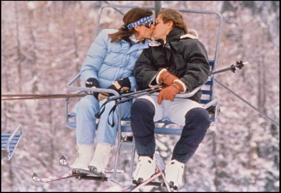 La Princesse Caroline de Monaco avec son époux Stefano Casiraghi à Saint-Moritz, en Suisse, le 7 mars 1989.
