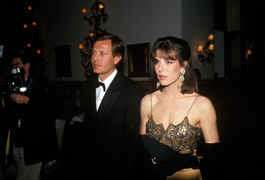 Caroline de Monaco et Stefano Casiraghi à Saint Moritz, en Suisse, le 31 mars1990.