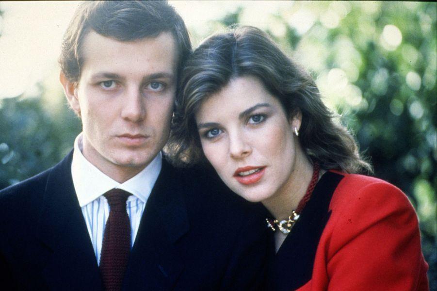Caroline de Monaco et Stefano Casiraghi, fiancés, en décembre 1983.