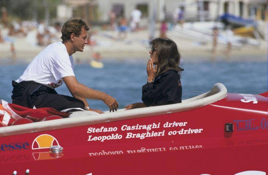 Stefano Casiraghi et Caroline, avant la course Monaco-Saint Tropez-Monaco, le 8 mai 1985.