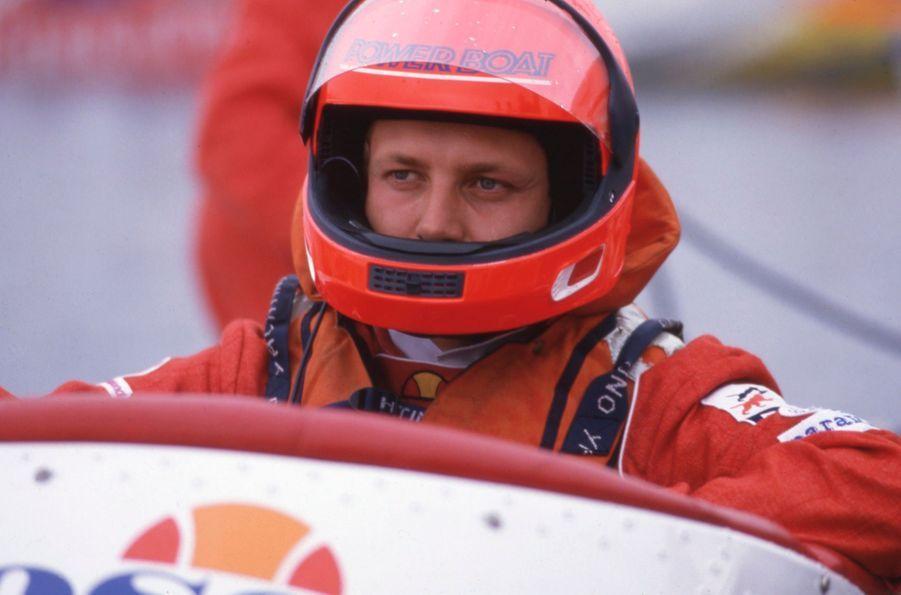 Stefano Casiraghi avant la course Monaco-Saint Tropez-Monaco, le 8 mai 1985.